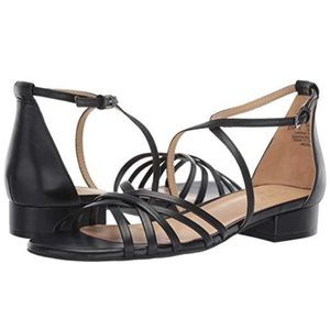 Naturalizer Haleigh Strappy Black Leather Sandals